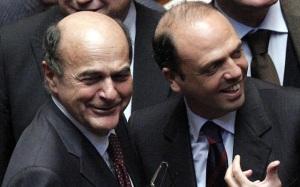 Bersani e Alfano, l'abbraccio fedigrafo